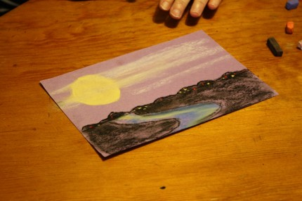 What fun to make a night time scene with chalk pastels! In time for a full harvest moon, Nana taught us a harvest moon nocturn pastel lesson.