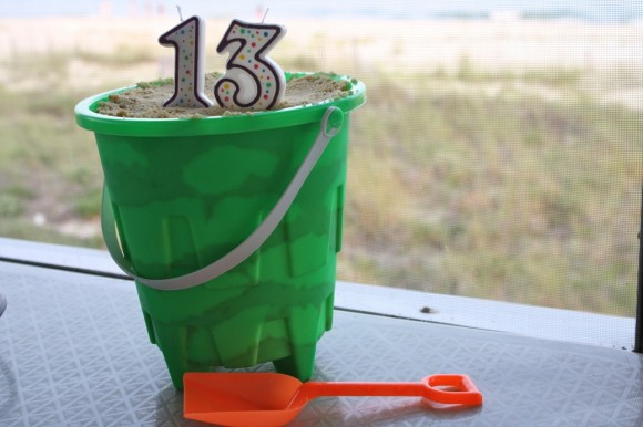 Edible Sand and Other Allergy-Friendly Birthday Cake Ideas