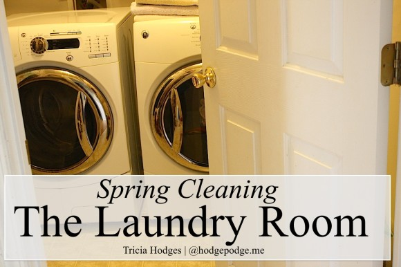 Laundry Room Spring Cleaning www.hodgepodge.me